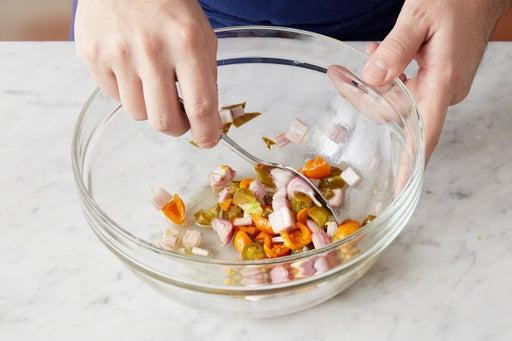 Make the pepper relish: