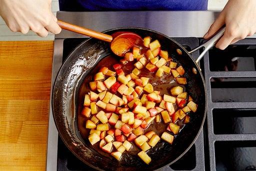 Prepare the apples & make the filling