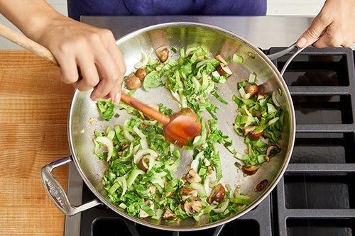 Cook the pork & vegetables