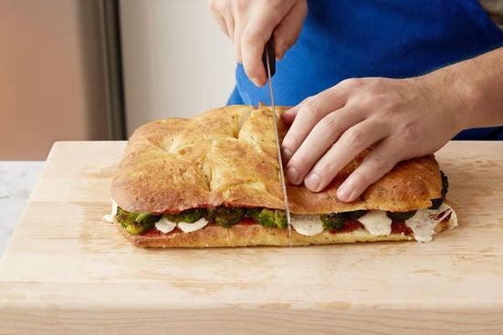 Assemble the sandwich & serve your dish: