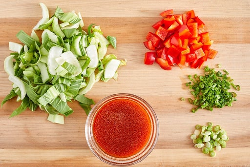 Prepare the ingredients & make the sauce