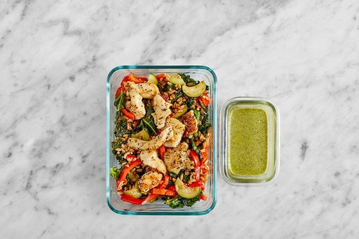 Assemble & Store the Oregano Chicken & Creamy Pesto