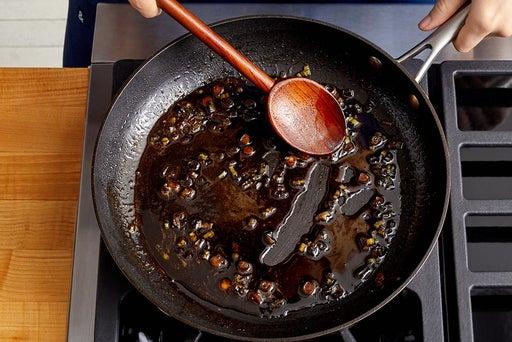 Finish the sauce & serve your dish