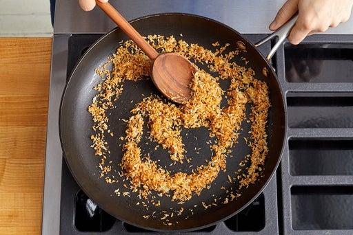 Make the garlic breadcrumbs