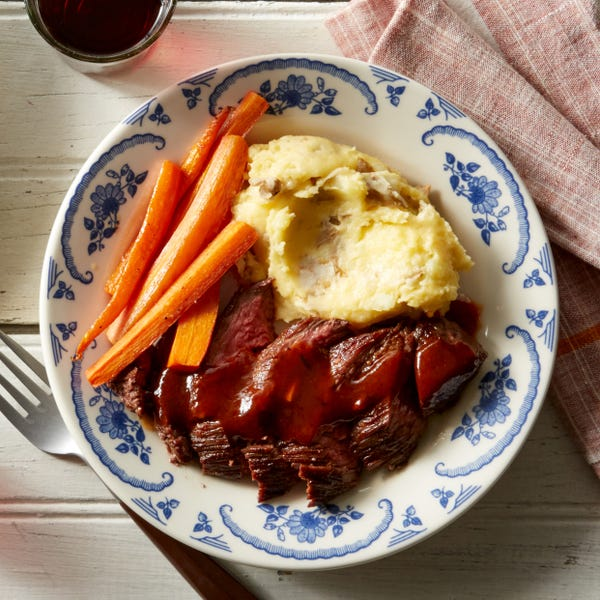 Steaks & Cheesy Mashed Potatoes with Steak Sauce & Roasted Carrots