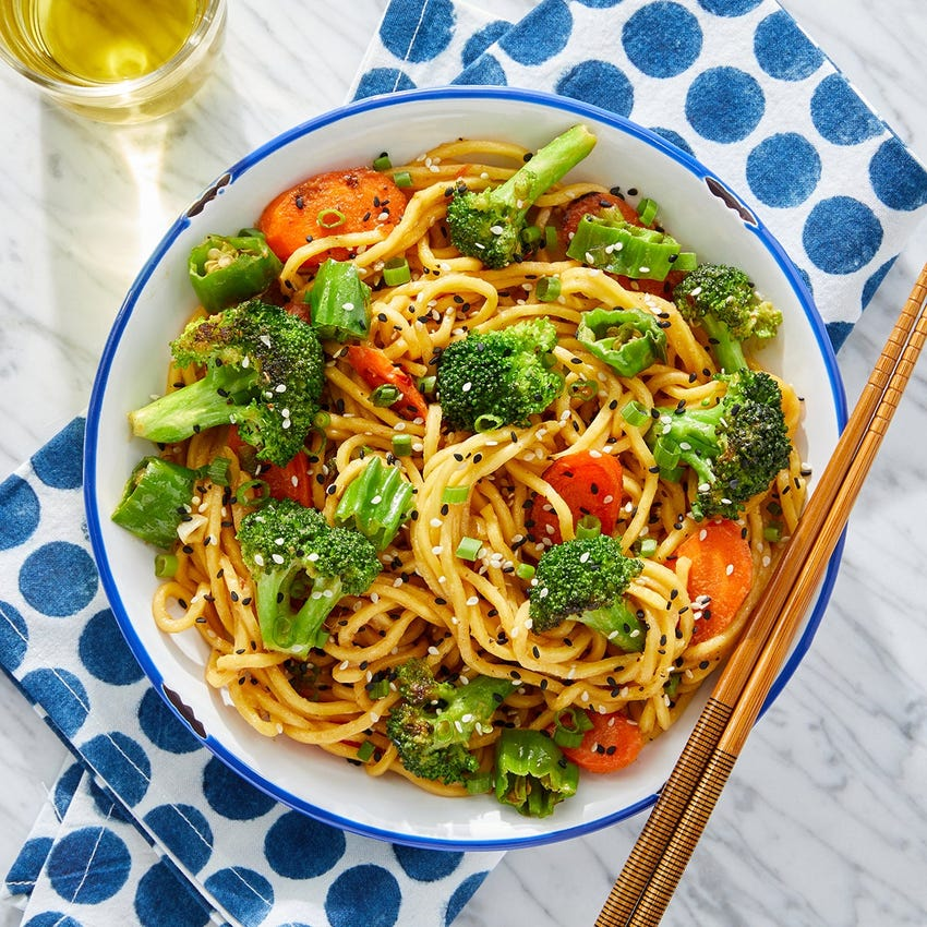 Spicy Vegetable Lo Mein with Broccoli & Carrots
