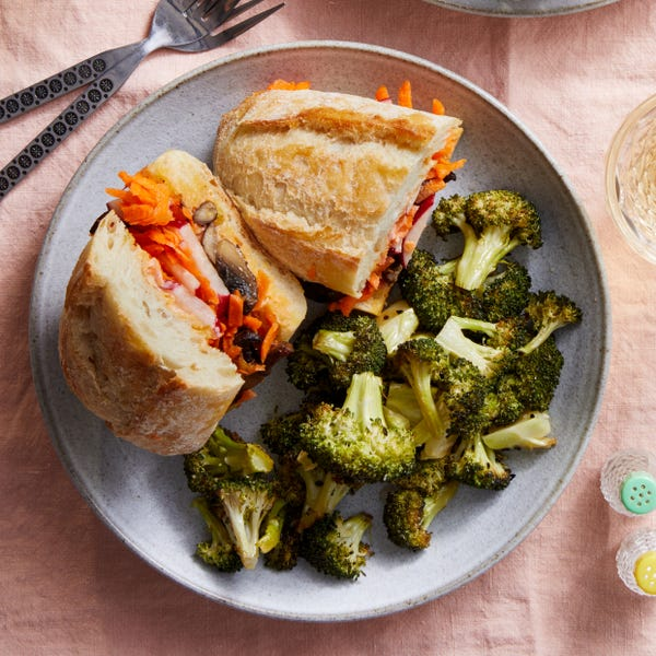 Vietnamese-Style Vegetable Sandwiches with Spicy Mayo & Broccoli