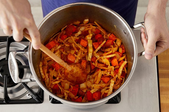 Start the chili: