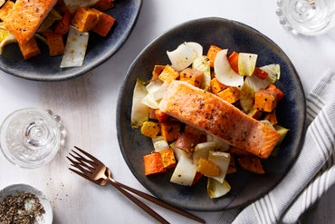 Blue apron fresh ingredients original recipes delivered to you salmon dukkah spiced vegetables with orange endive forumfinder Images