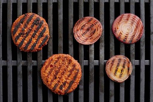 Grill the patties & onion