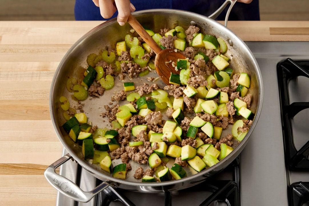 Start the bolognese: