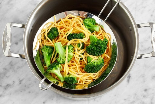 Cook the noodles & broccoli