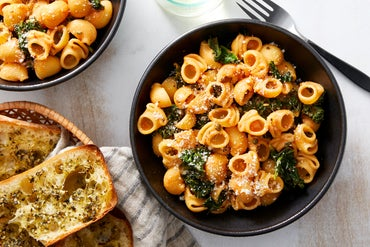 Lumaca Rigata Pasta with Capers & Garlic Bread