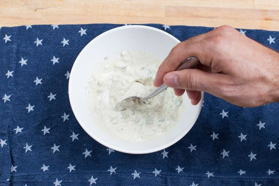 Make the remoulade sauce: