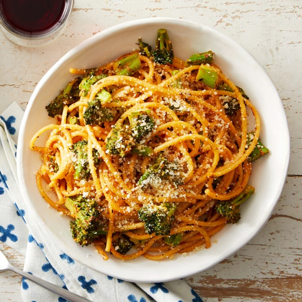 Quick Bucatini with Broccoli & Pecorino Cheese