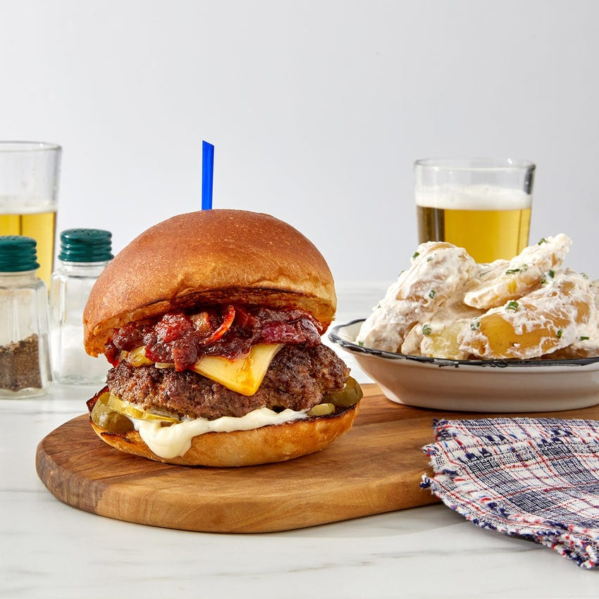 Chipotle Onion & Smoked Gouda Burger with Sour Cream & Chive Potatoes