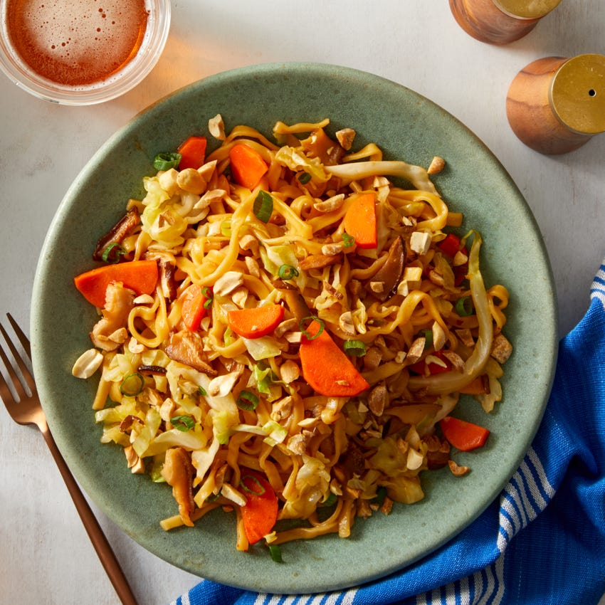 Sweet Chili Stir-Fry with Carrots & Shiitake Mushrooms