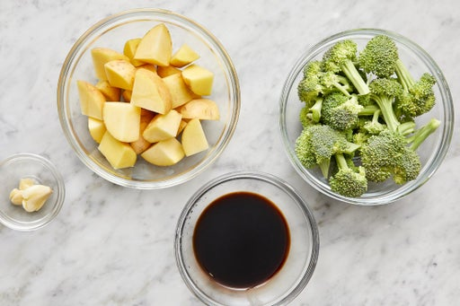 Prepare the ingredients & start the glaze
