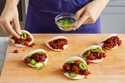Assemble the bao & serve your dish
