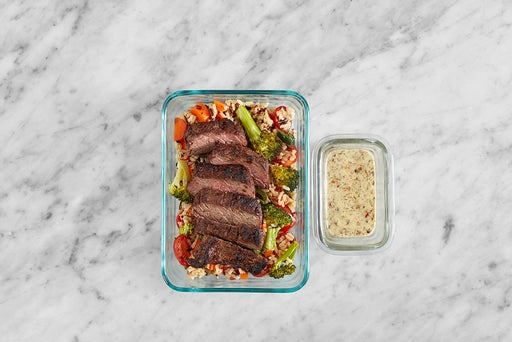 Assemble & Store the Southern-Spiced Steak
