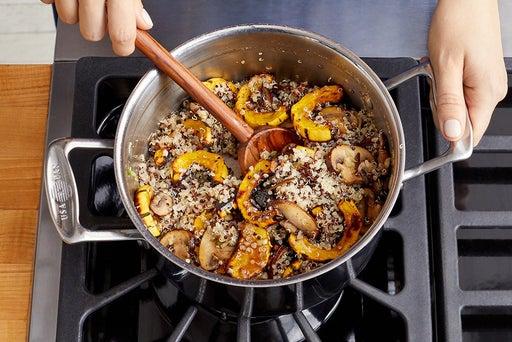 Finish the quinoa & serve your dish
