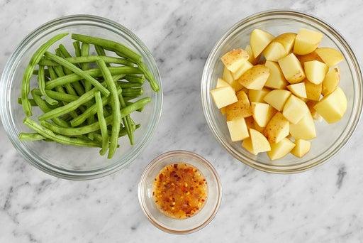 Prepare the ingredients & make the hot honey