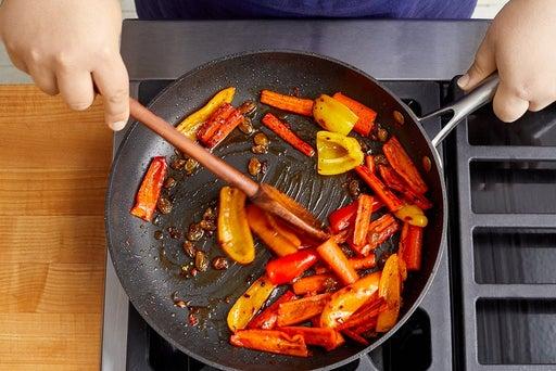 Make the carrot-pepper agrodolce