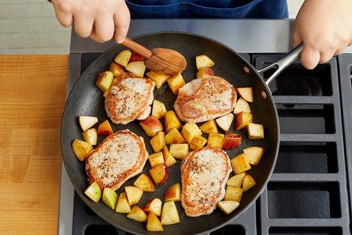 Cook the pork & apples