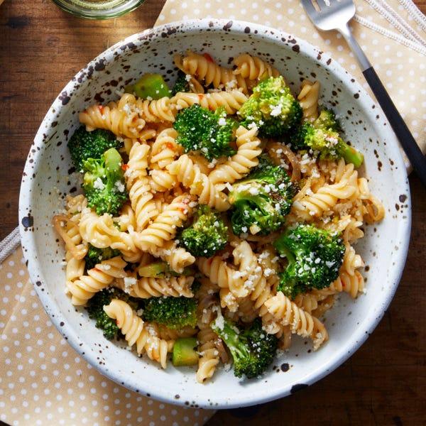 Spicy Fusilli Pasta & Broccoli with Mascarpone