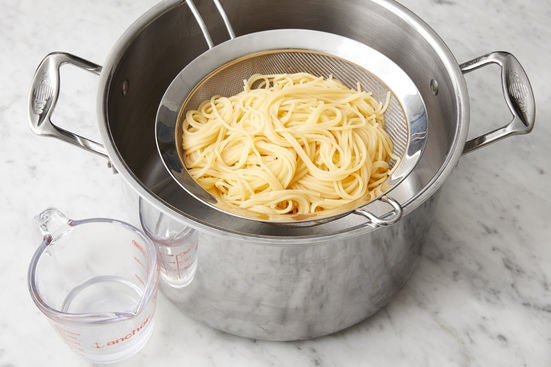 Cook the spaghettini: