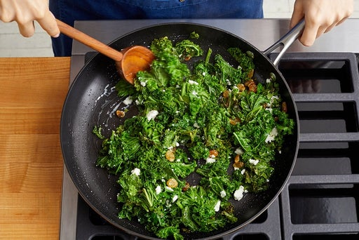 Cook & finish the kale