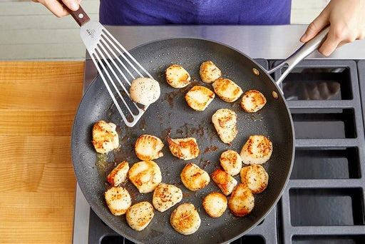 Cook the scallops