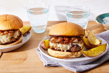 0423 2pm white cheddar burgers 5941 web center high menu thumb