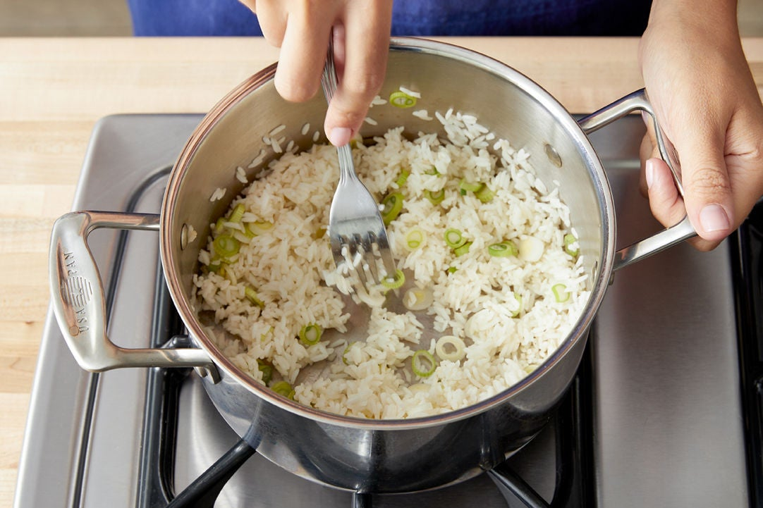Make the scallion rice:
