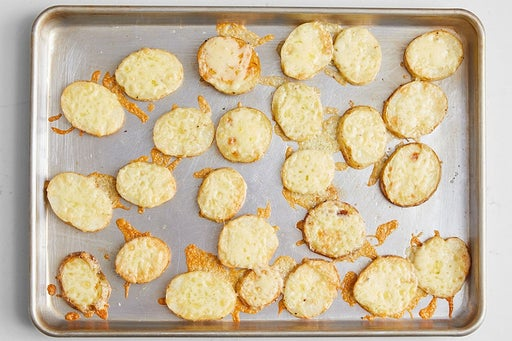 Make the cheesy potatoes