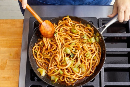 Cook the sauce & noodles