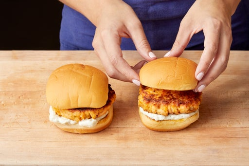 Assemble the burgers & serve your dish: