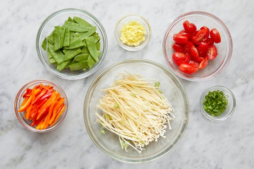 Prepare the ingredients & marinate the mushrooms: