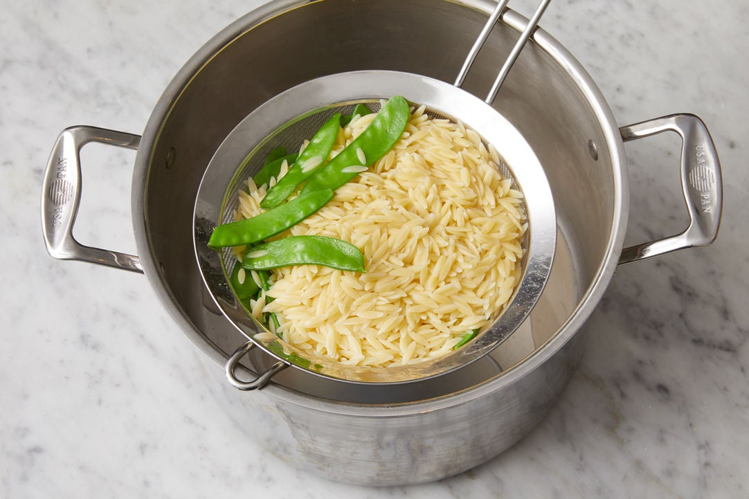 Cook the pasta & peas: