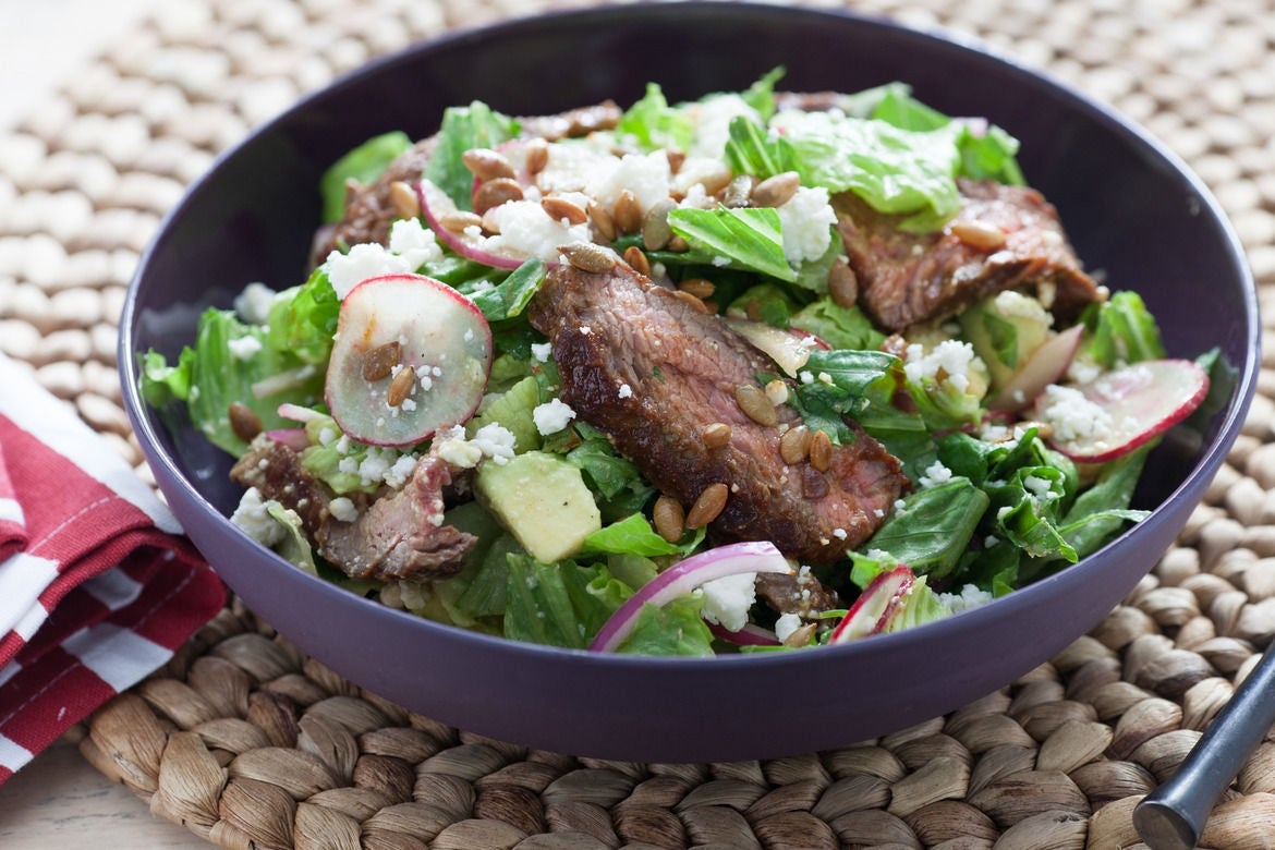 Recipe: Chipotle Steak Salad with Avocado & Toasted Pepitas - Blue ...