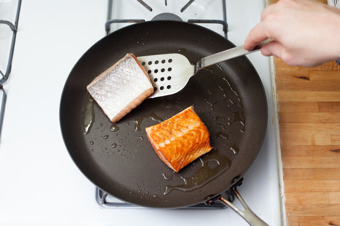 Cook the salmon & plate your dish: