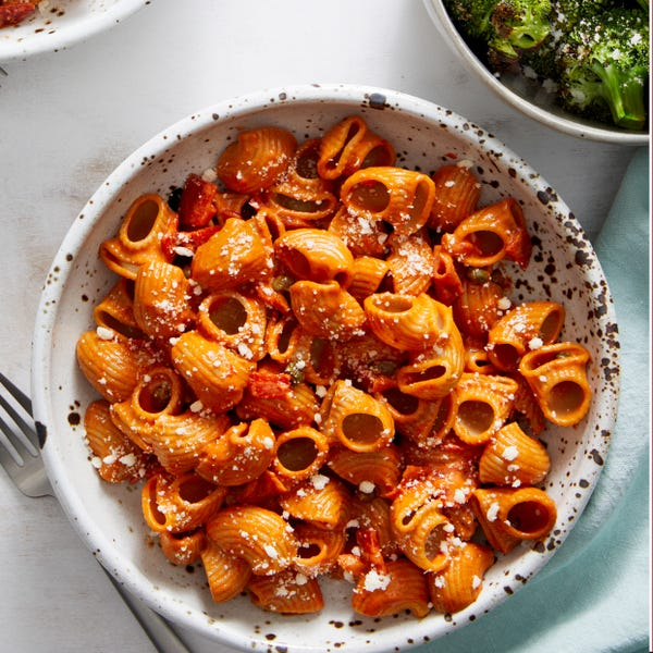Pipe Rigate & Roasted Red Pepper Sauce with Parmesan Broccoli