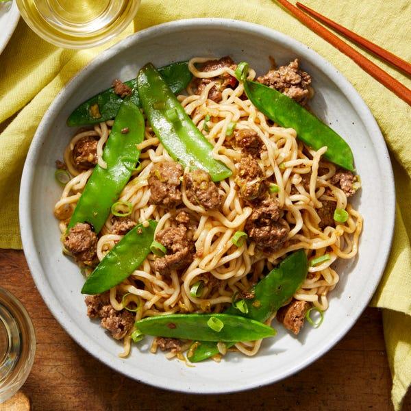 Beef & Vegetable Lo Mein with Enoki Mushrooms