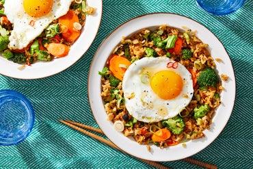 0716 2pv1 veg fried rice 10163 web center high menu thumb
