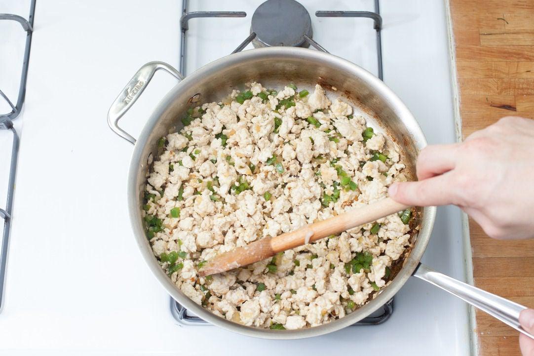 Cook the aromatics & chicken: