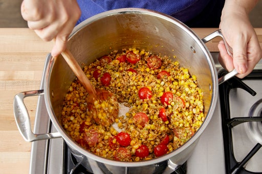 Cook the corn & finish the farro: