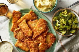 Crispy Wild Alaskan Pollock with Garlic Mashed Potatoes & Tartar Sauce