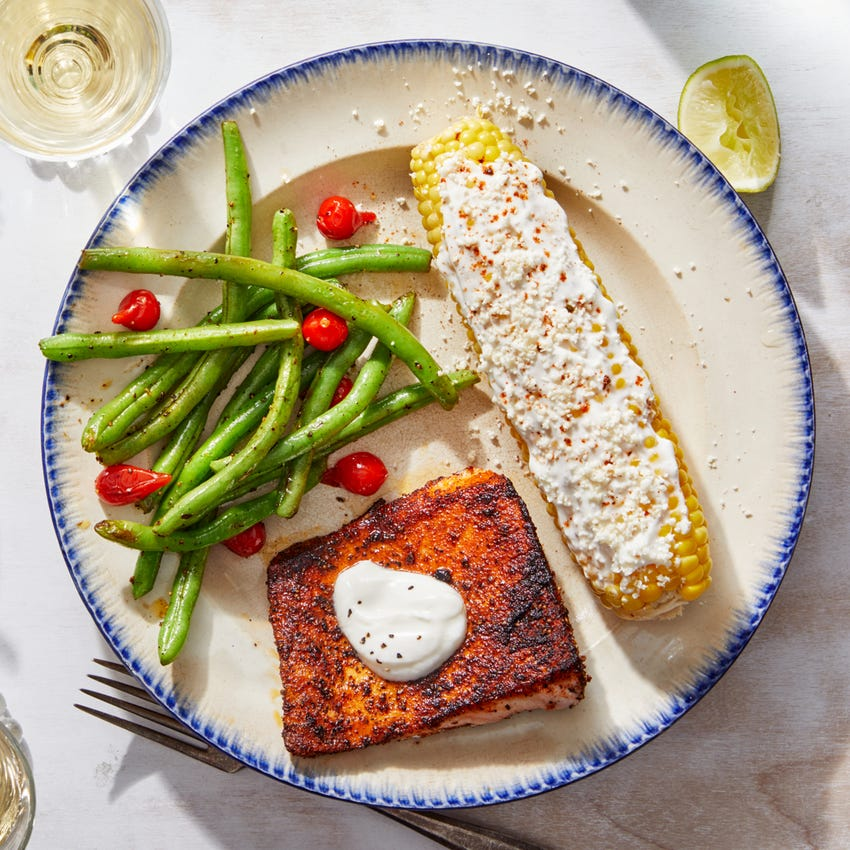 Mexican-Spiced Salmon & Green Beans with Corn on the Cob