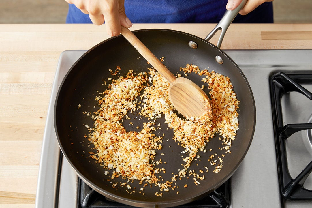 Make the spicy breadcrumbs: