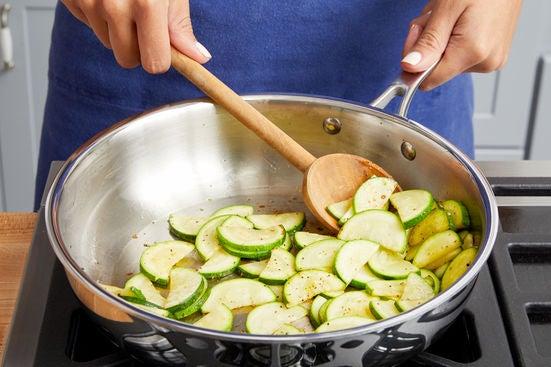 Start the zucchini:
